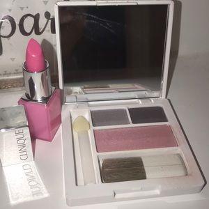 Clinique mini eyeshadow and lipstick set
